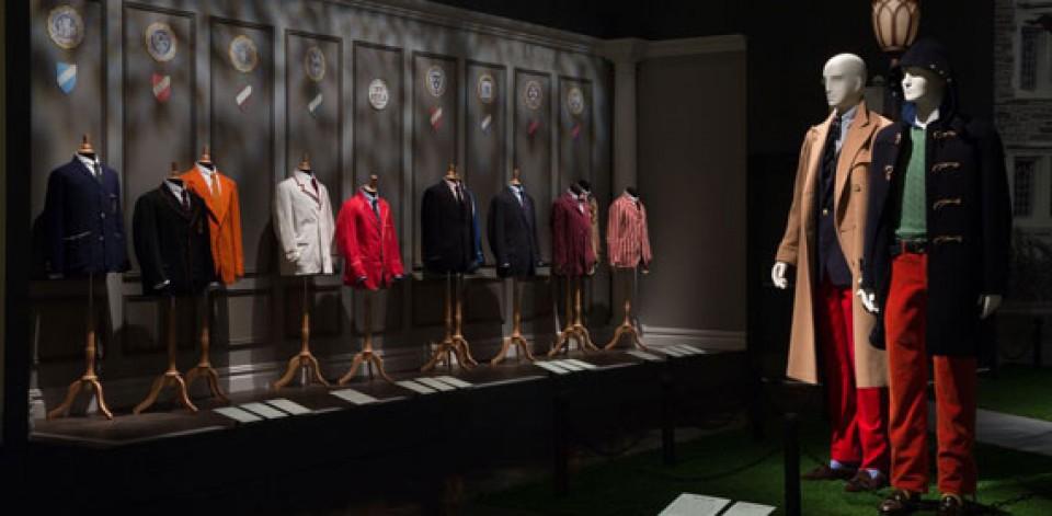 """Résultat de recherche d'images pour """"Museum of Fashion and Textiles paris"""""""