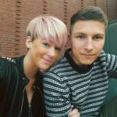 Short Pink Hairstyles 2017 - 9