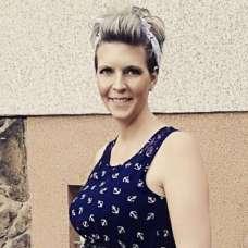 Nicole Moore Short Hairstyles - 8