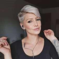 Anna Maria Short Hairstyles - 7