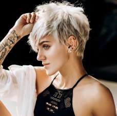 Yulia Short Hairstyles - 5