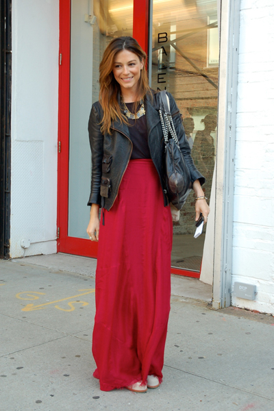 maxi skirt street fashion
