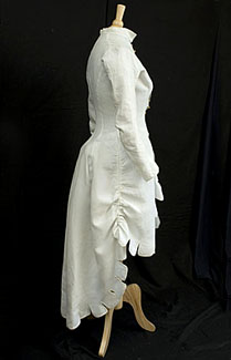 white-linen-bustle-coat-1880s.jpg