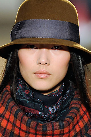 Inverno 2010 chapeu Marc by Marc Jacobs