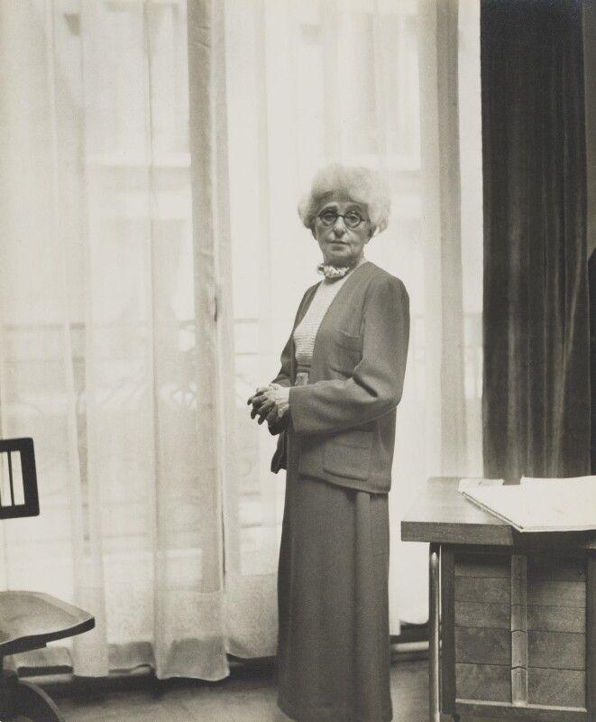 Madeleine Vionnet.