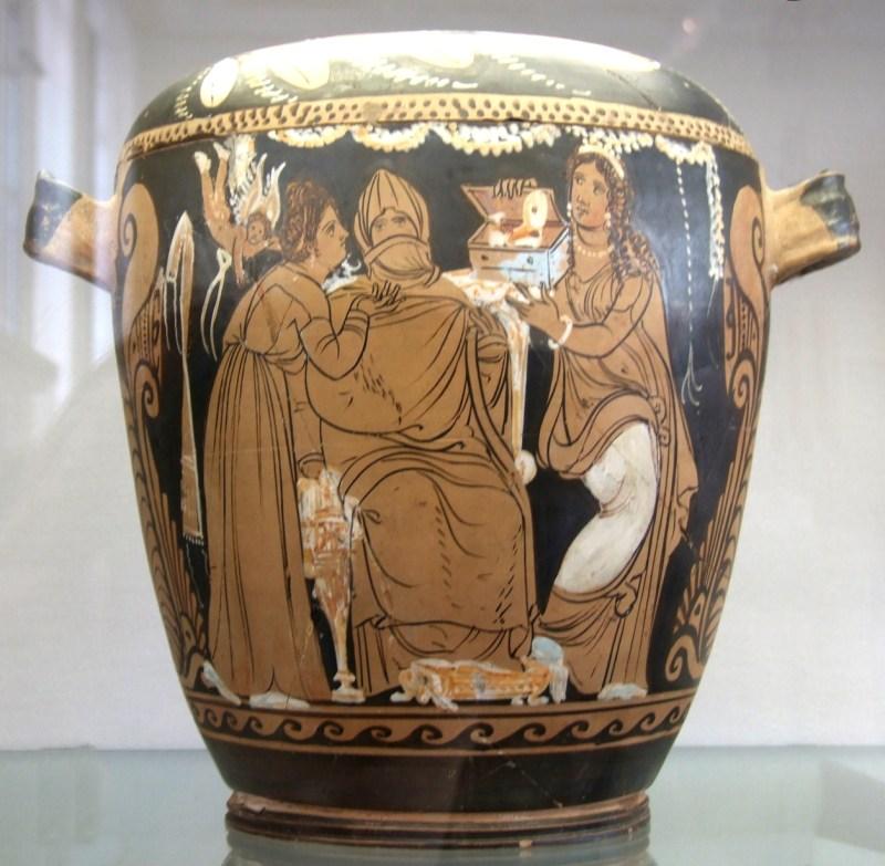 Vaso grego com a preparação de um casamento.