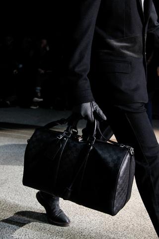fashionb louis vuitton men bags fall 2011 (1)