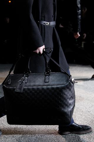 fashionb louis vuitton men bags fall 2011 (20)