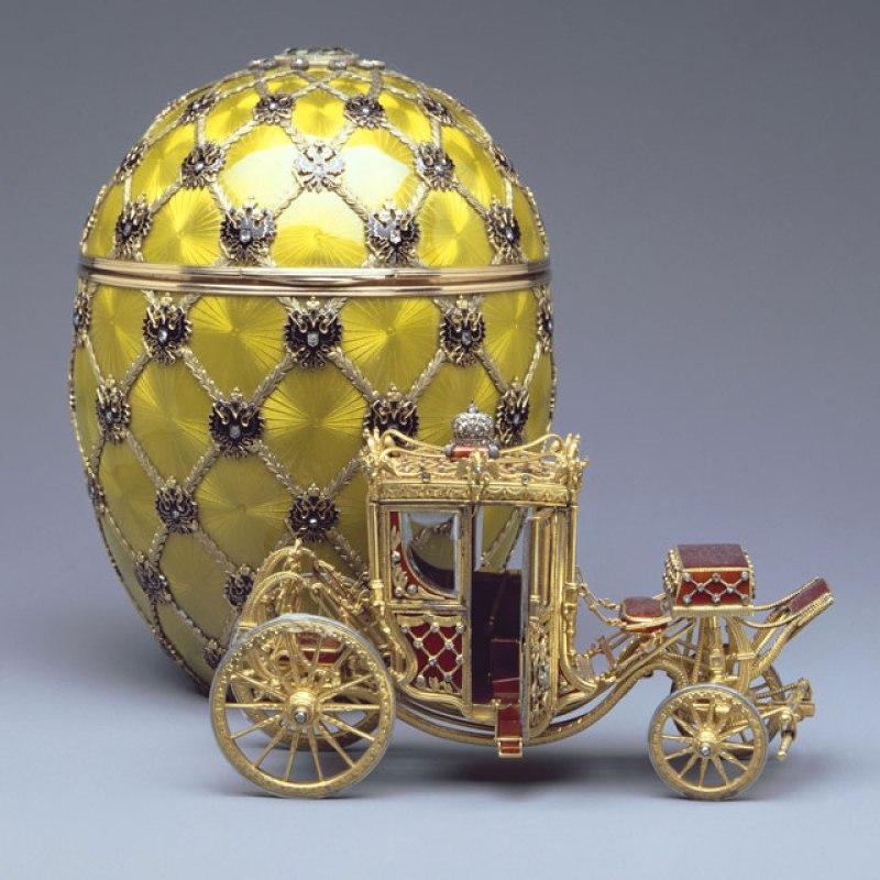 """""""Ovo da coroação"""" de Fabergé, de 1897. Ovo de Páscoa de luxo."""