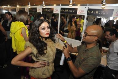 hair fashion show 2011 ale de souza backstage (5)