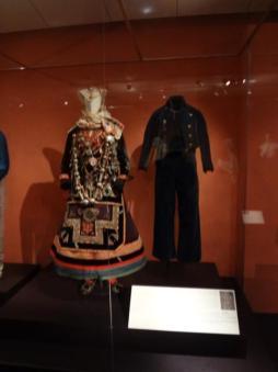 Glory of Spanish Dress (6)