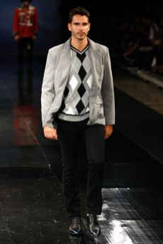 Riachuelo Dragão Fashion Brasil 2012 03