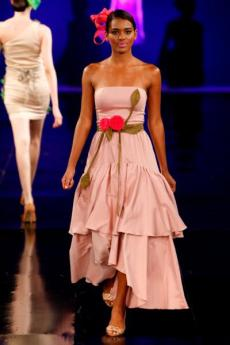 Vivi Huhn Dragao Fashion 2012 (1)