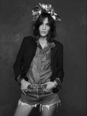 The Little Black Jacket de Chanel revivida por Karl Lagerfeld 21452864665