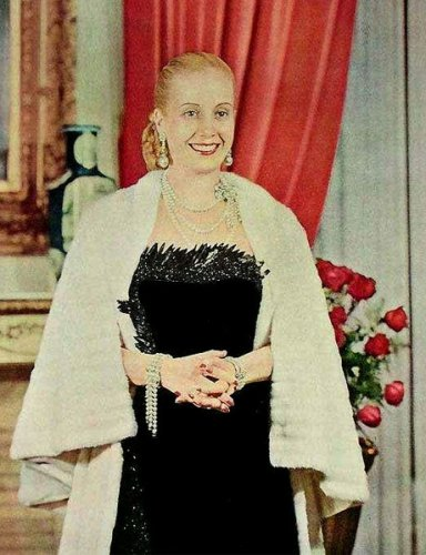 evita-peron-black-dress