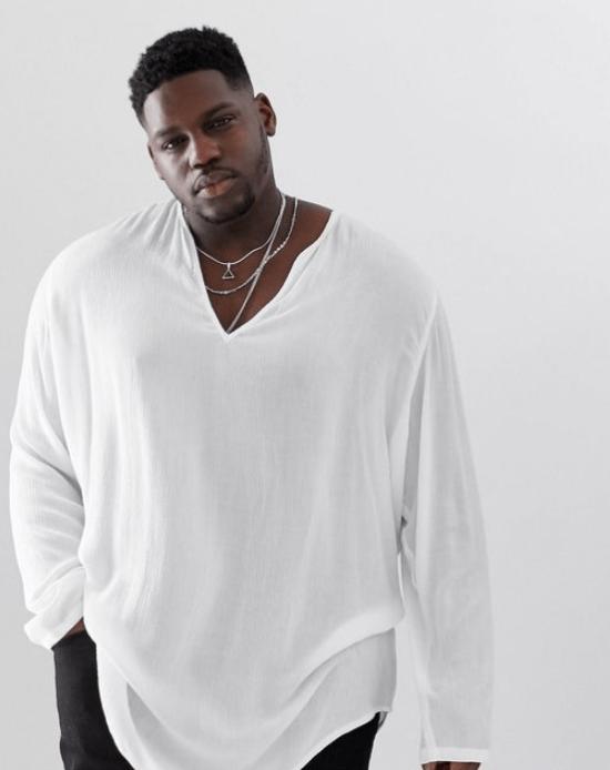 Blusa plus size masculina com gola v