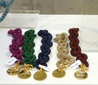 Fotos pulseiras de elos marca Vanessa Baron