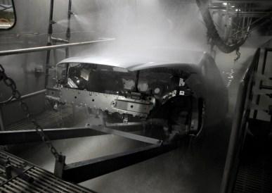Fábrica da Ford em São Bernardo do Campo - BodyShop - Linha de produção do Ford New Fiesta - Pintura 1
