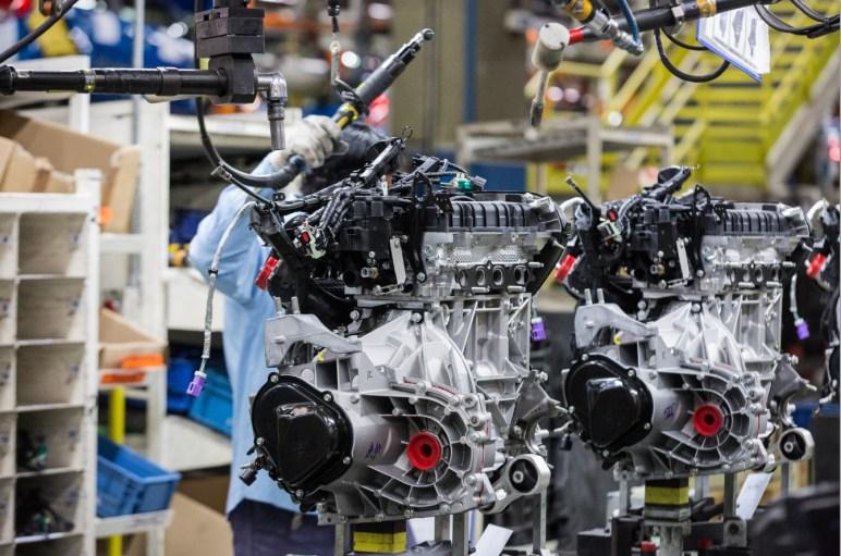 Fotos da fábrica da Ford - são Bernardo do Campo - Linha de montagem ford New Fiesta55