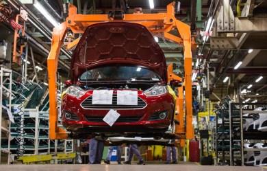 Fotos da fábrica da Ford - são Bernardo do Campo - Linha de montagem ford New Fiesta554