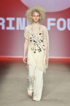 Karine Fouvry - Top 5 - SPFW N46 out/2018 foto: Ze Takahashi / FOTOSITE