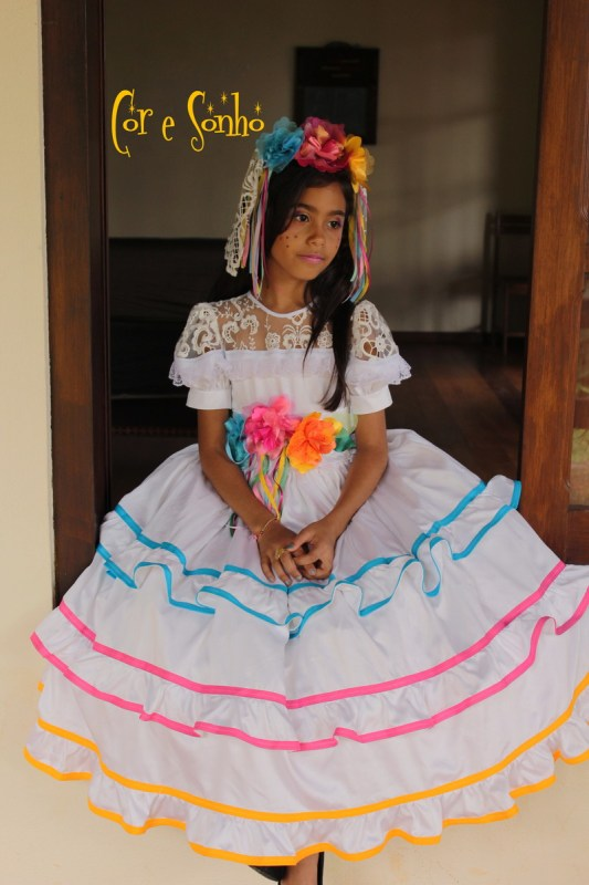 Traje Típico Infantil de Festa Junina.
