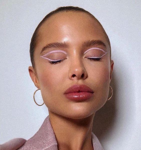 Maquiagem junina: delineador gráfico dá charme