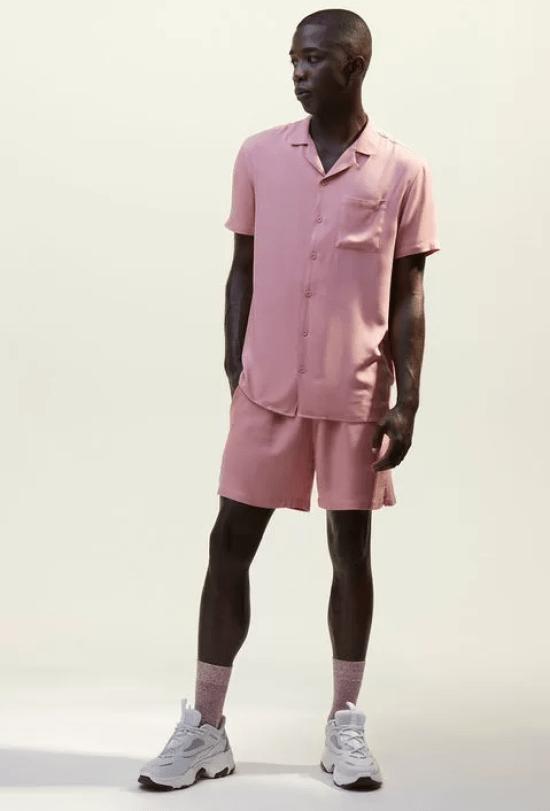 Conjunto acetinado camisa e bermuda rosa
