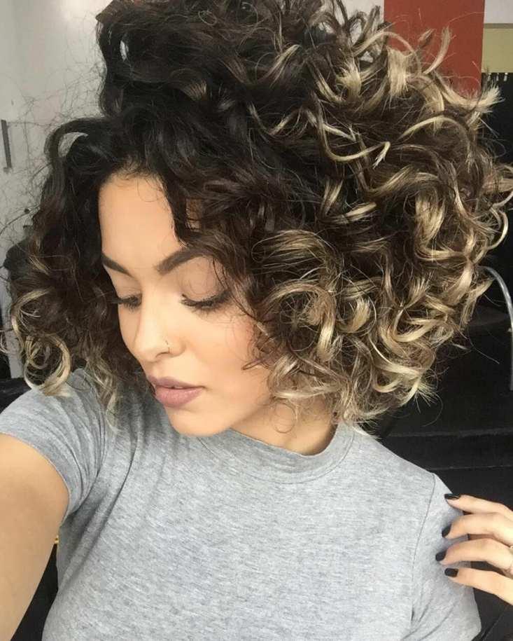 cortes de cabelo curto cacheadas