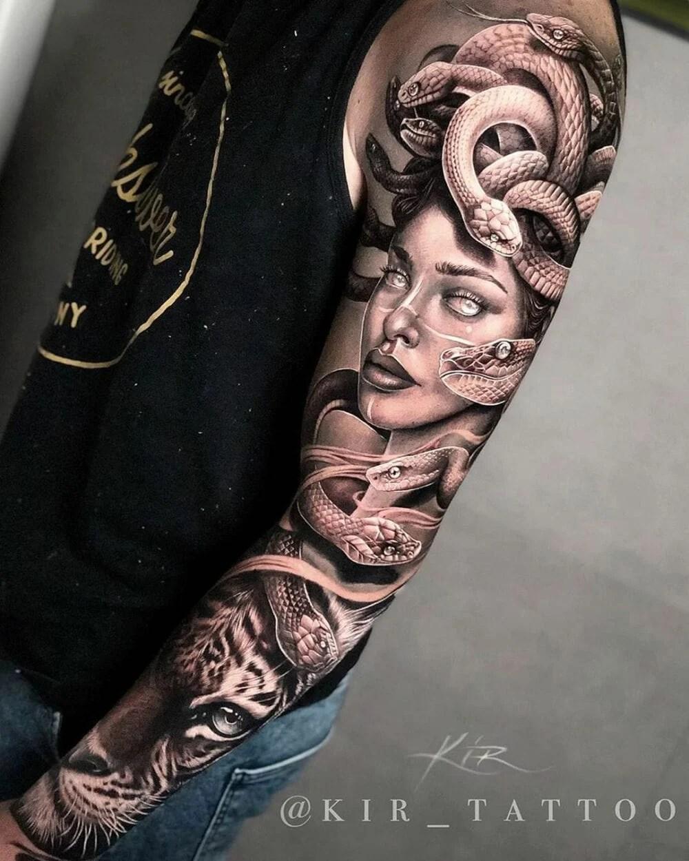tatuagem de medusa no braço