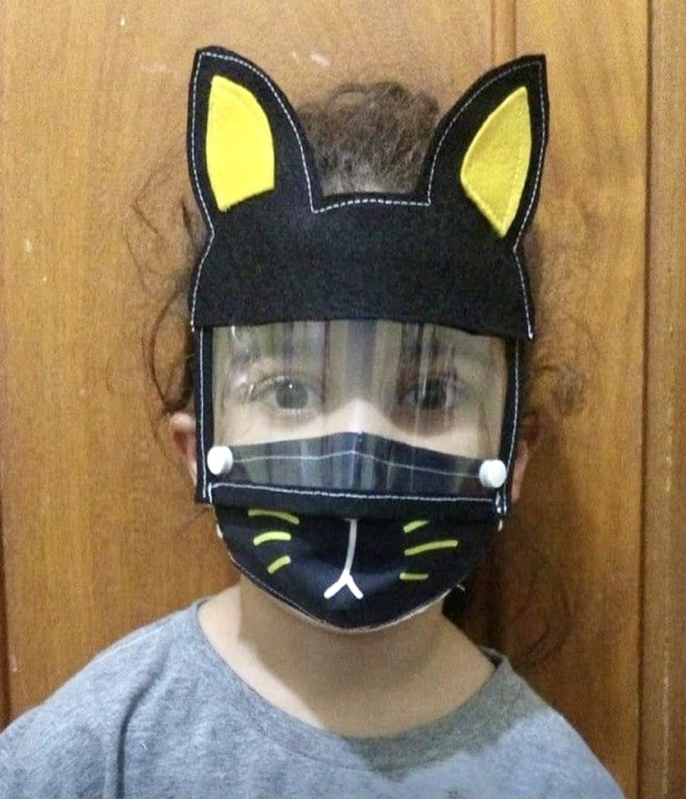 máscara de coelho infantil