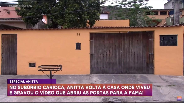 Foto da Entrada principal, primeira casa de Anitta