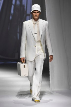 maleta branca coleção Fendi