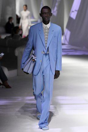 azul celeste terno Fendi