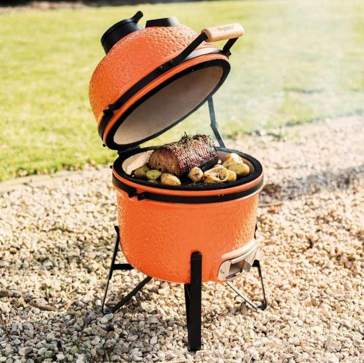 aqui foto de churrasqueira portatil estilosa laranja