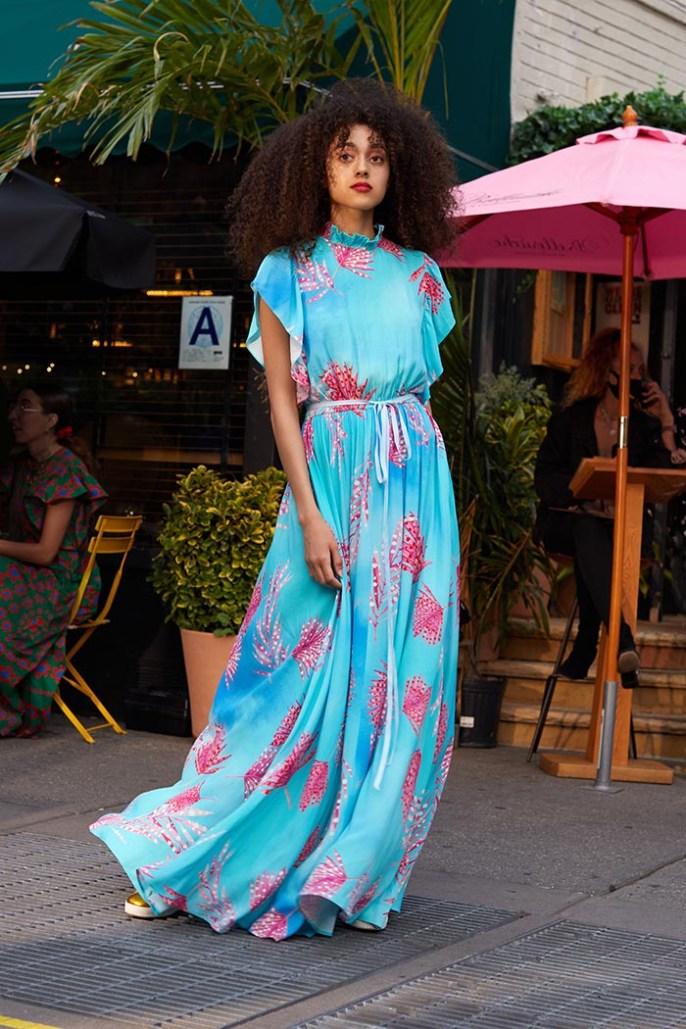 vestido florido verão 2022