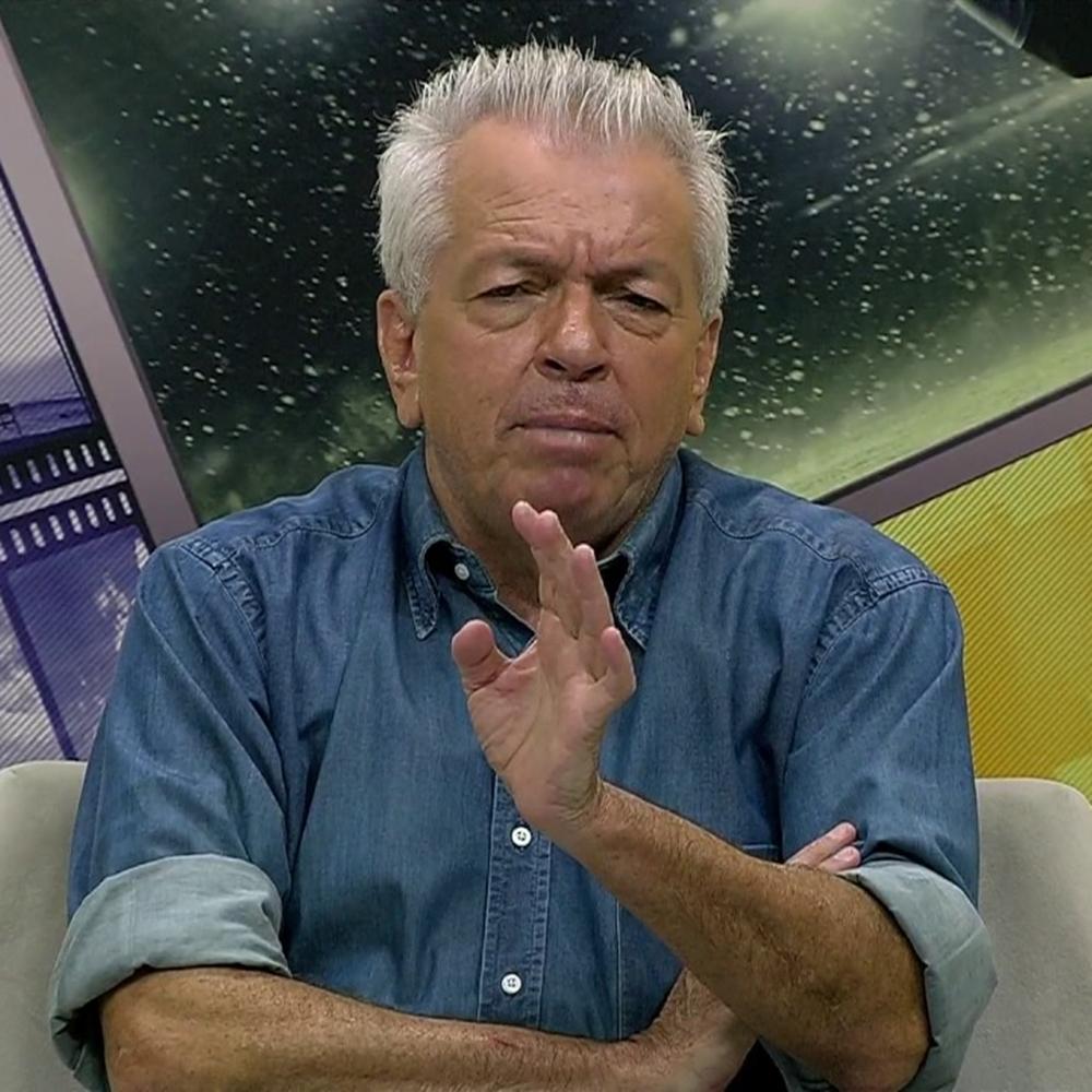 Adolfo Campos em programa esportivo na TV Serra Dourada.