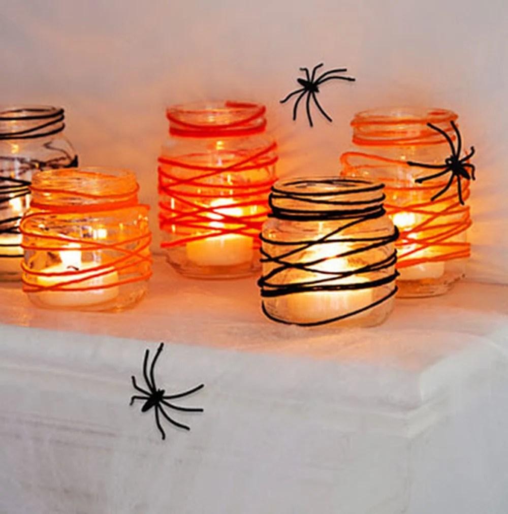 Decoração de Halloween com vidro, e velas - Halloween em casa.