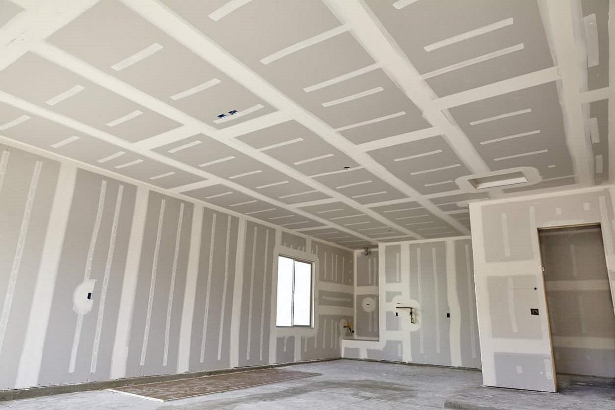 cômodo com paredes de drywall