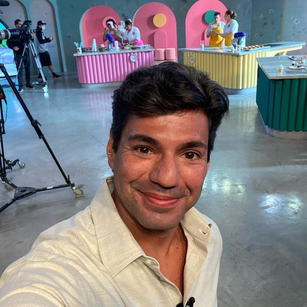 Cozinheiro Felipe Bronze.