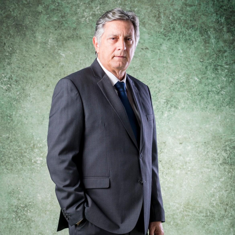 Ator Eduardo Galvão.