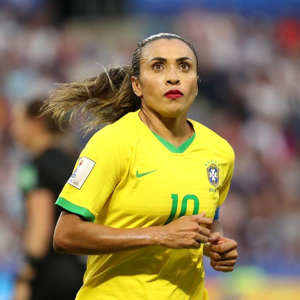 Atletas brasileiras: Marta.