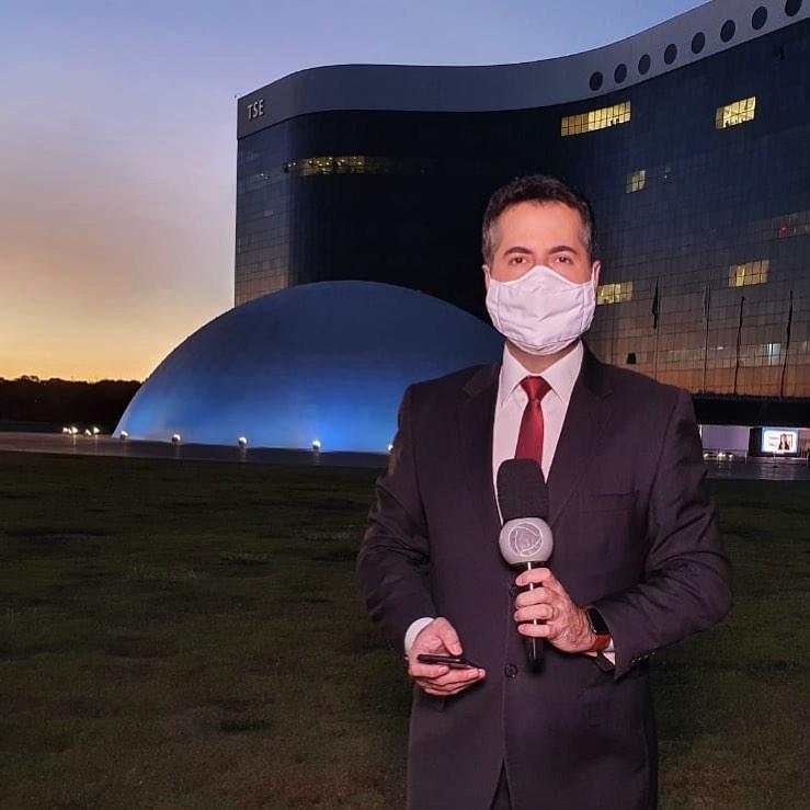 Clébio Cavagnolle, repórter da Record.