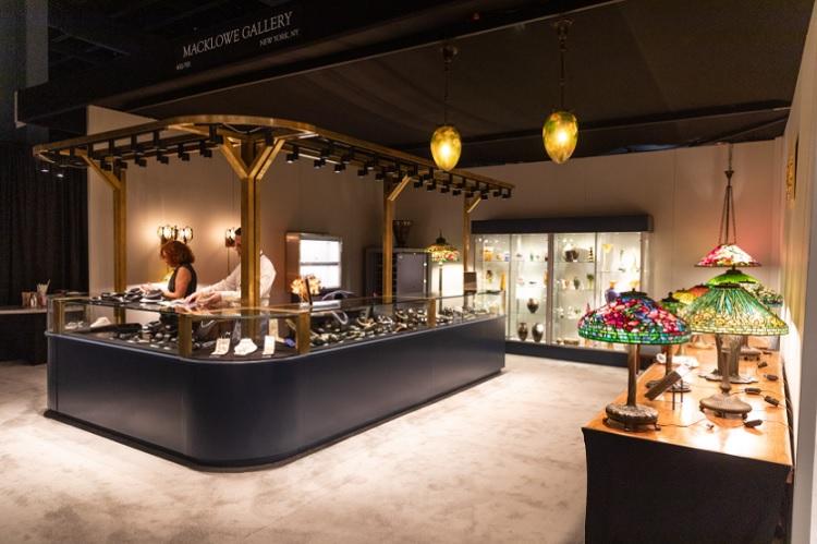 estandes para exposição de joias
