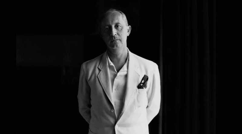 Retrato de Christian Dior.