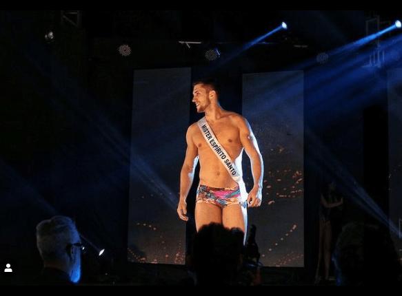 Arthur no concurso de Miss Mister Brasil - Reprodução