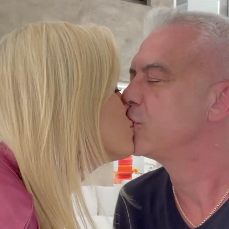 Ana Hickmann e esposo se beijando. Vídeo da cura do câncer.