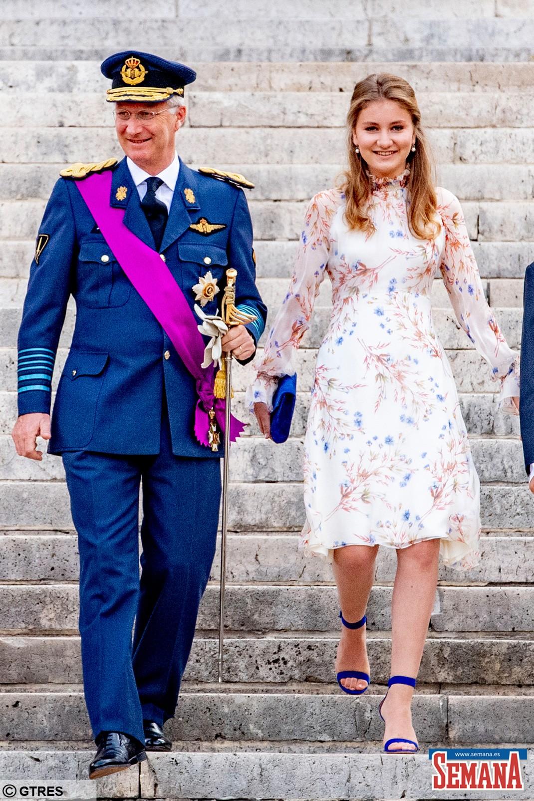 Princesa Elisabeth da Bélgica e rei.