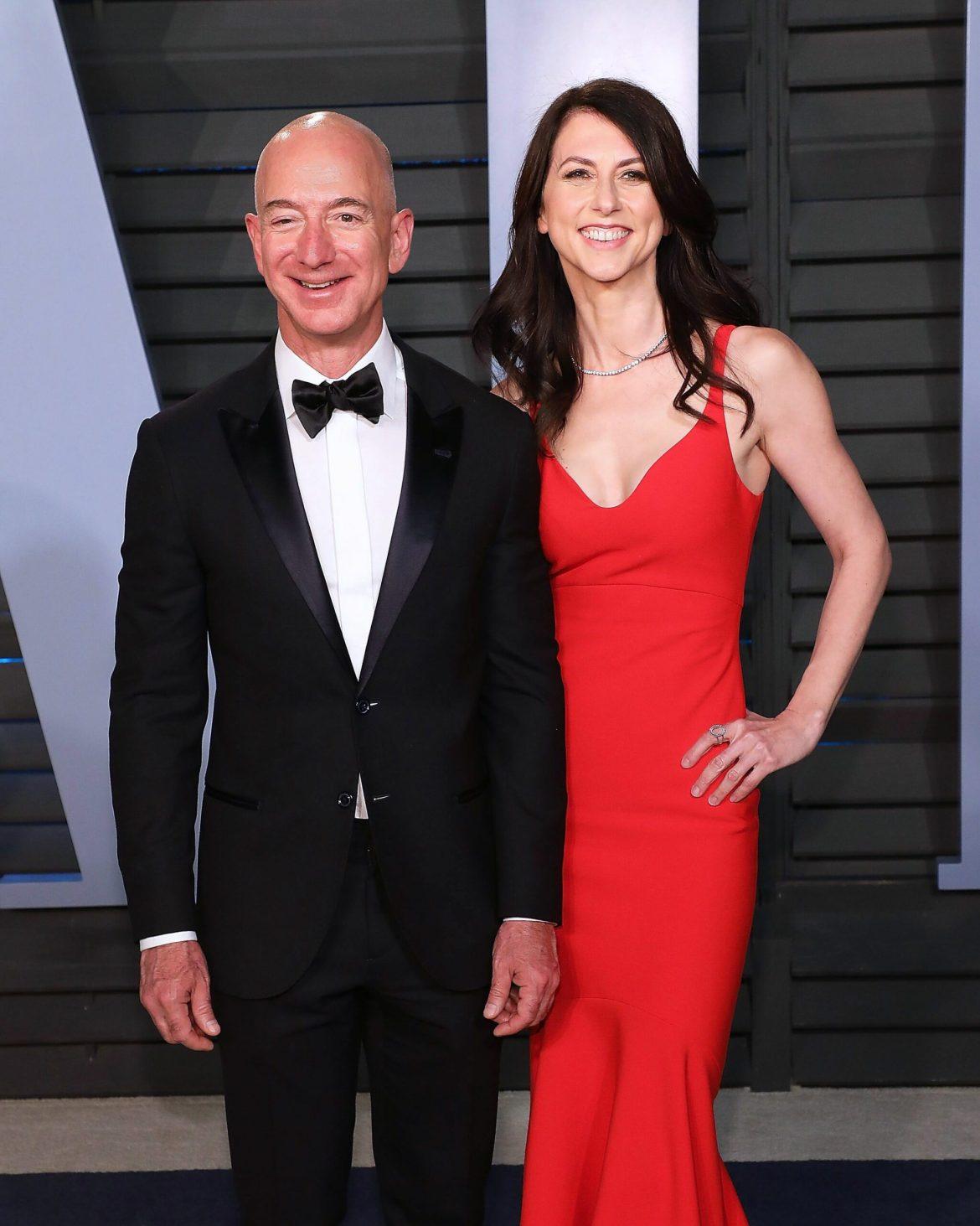 MacKenzie Bezos esposa de Jeff - Esposa dos bilionários.