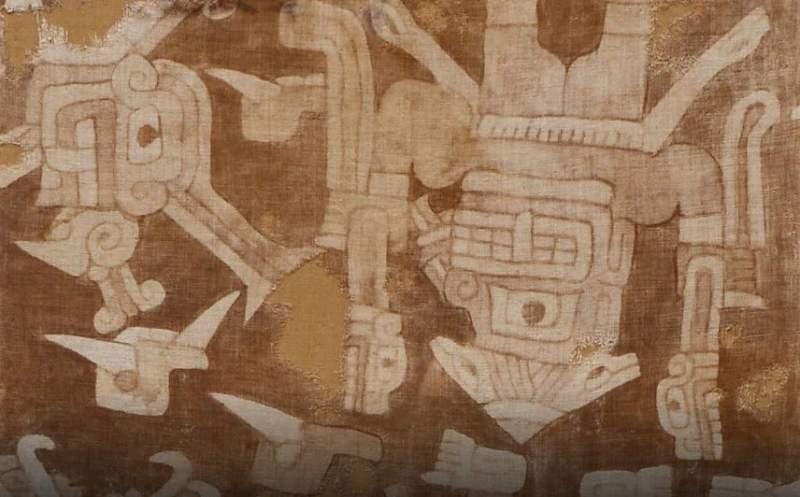 Manto Karwa de artesãos Chavin encontrado no Peru entre 1000 a.C e 200 a.C.